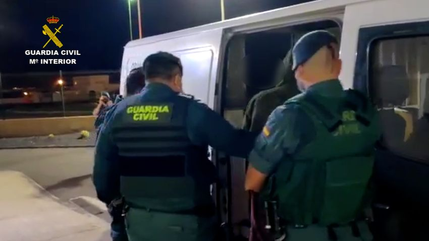 guardia civil detenido furgo